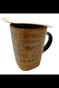 Kerámia kávés bögre kanállal világosbarna színű. 3dl